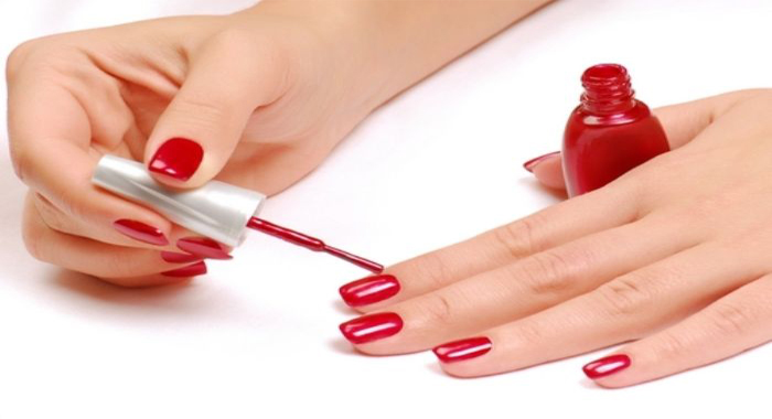 3-tricks-make-nail-polish-dry-faster