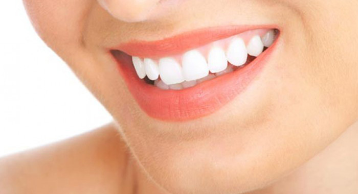 get-pearly-white-teeth-with-these-foods